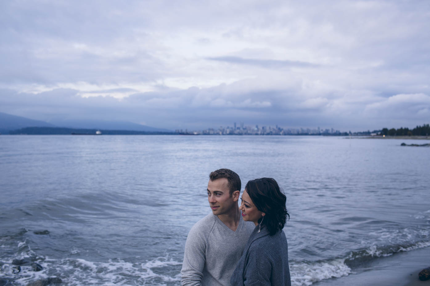 Vancouver City Skyline. Engagement session