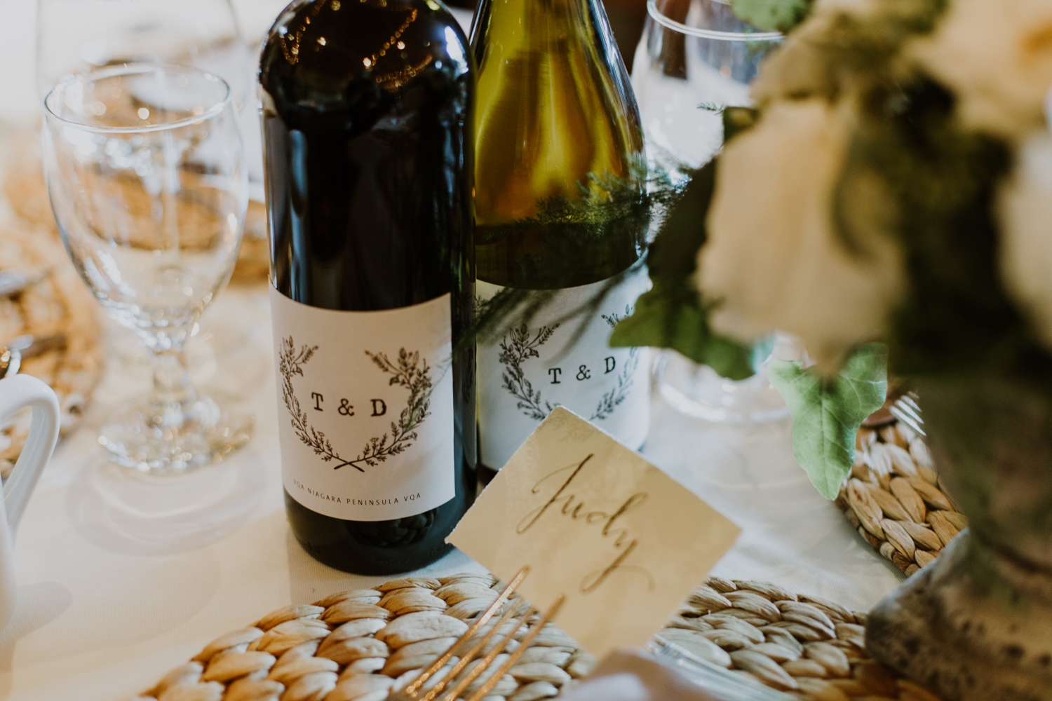 Mukoka wedding wine