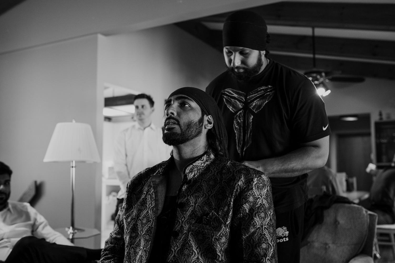 Tying turban Sikh tradition